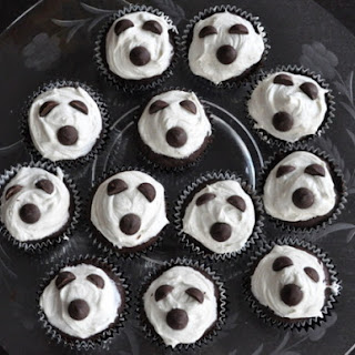 Ghostly Cupcakes.