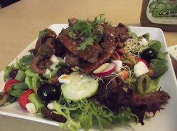 Field Greens Topped With Teriyaki Steak Strips Recipe