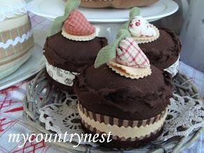 Photo: dolcetti di feltro al cioccolato, decorativi