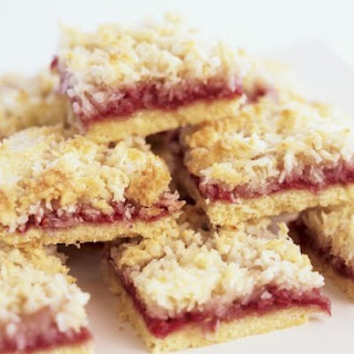 Coconut and Raspberry Traybake.
