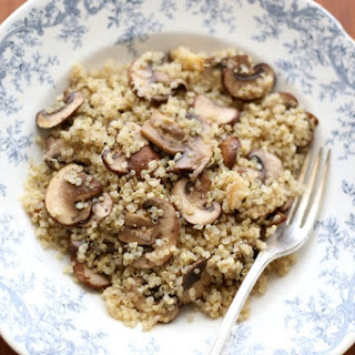 Roasted Garlic Quinoa with Mushrooms