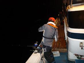 Photo: 潮の流れが悪いので皆さん 「イカ釣り」!