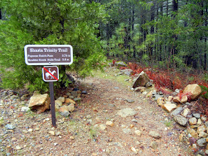Photo: Hiking to Papoose Gulch Pass