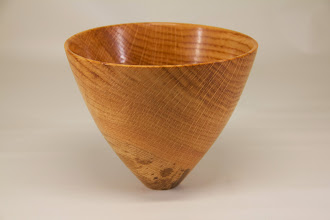 "Photo: Tim Aley 4"" x  5"" Bowl [willow oak from Constitution Ave. DC]"