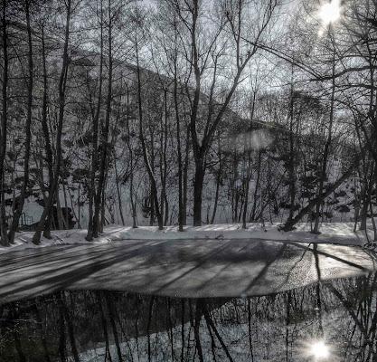 Il sole scioglie il ghiaccio ...e trasforma le ombre in riflessi di mt antona