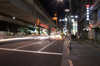 Photo: The traffic never stops. Even late at night Roppongi-mori is busy, and my room faces on to this! #daveinjapan