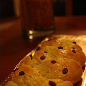 Milk Braid with Sultana grapes