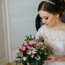Wedding photographer Ekaterina Sharypova (SharypovaEV). Photo of 16.08.2017