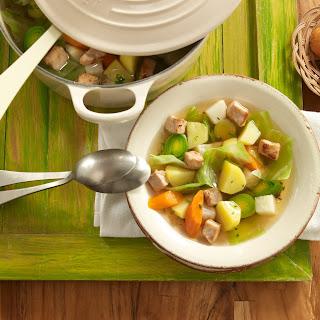 Bunter Gemüse-Fleisch-Eintopf