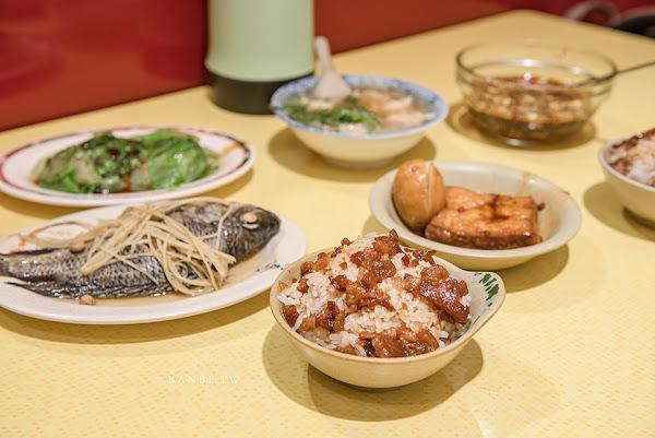 三重美食 店小二魯肉飯:Q黏滷肉飯、蝦仁羹 多人推薦的銅板平價小吃