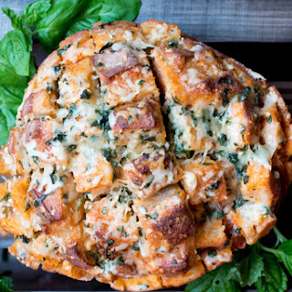 Cheesy Tomato Soup Pull Apart Bread