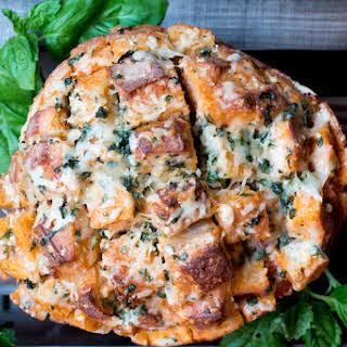 Cheesy Tomato Soup Pull Apart Bread.