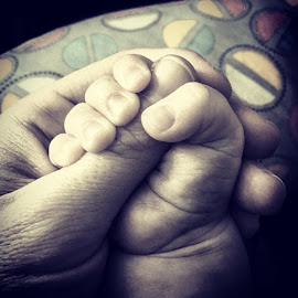 Hold these little hands for as long as they will hold yours back ❤️ by Stephanie Haring - Babies & Children Hands & Feet