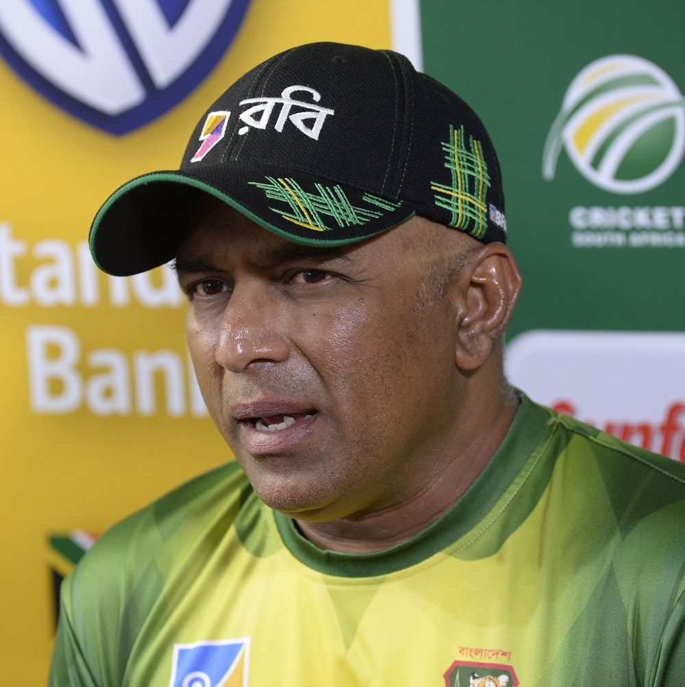 Chandika Hathurusingha addresses a media conference in Potchefstroom on Wednesday. Picture: GALLO IMAGES