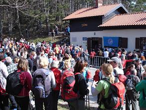 Photo: početak pohoda - Planinarski dom Poklon (922 m)