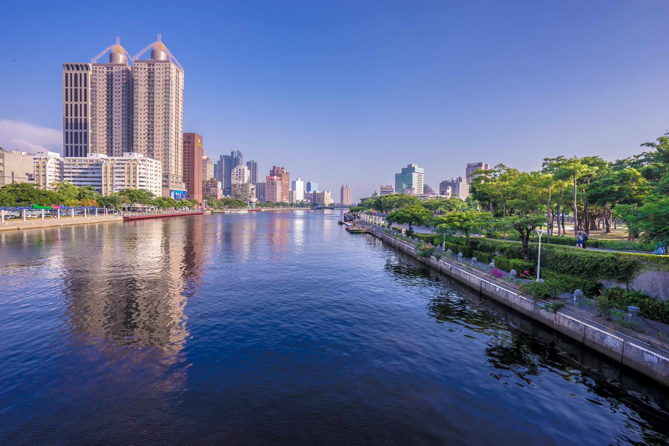 Taiwan Kaohsiung Love River1