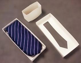 Photo: Caixa para Gravata ou Lenço. Basta mudar o corte da tampa!