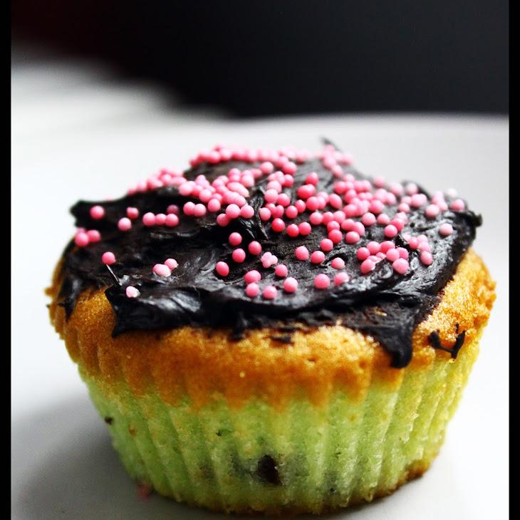 Pistachio-Chocolate Cupcakes Recipe