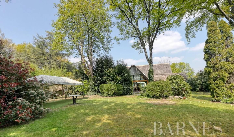 House Saint-Lyphard