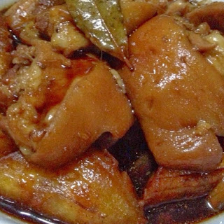 Braised Pork Leg With Knuckles (Paksiw Na Pata) #StreetFoodCarinderia