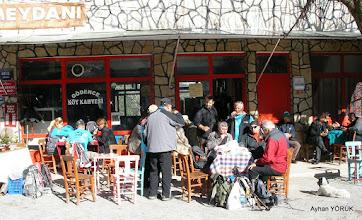 Photo: Gödence Köyü'nde kahvaltı yapıyoruz. Kavakdere-Beyler-Gödence Arası EFES-MİMAS (İYON) YOLU 7. Etabı - 06.03.2016