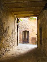 Photo: Montemarano, Tuscany - Pathway. More at  http://blog.kait.us/2013/03/terme-di-saturnia.html