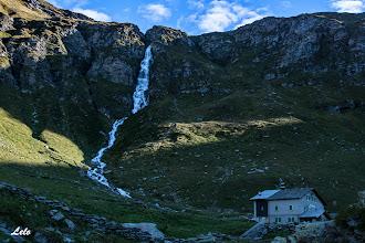 Photo: Angeloga: Rifugio Chiavenna e cascata del Lago nero.