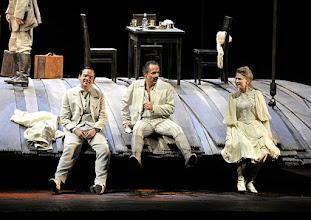 Photo: WIEN/ Burgtheater: WASSA SCHELESNOWA von Maxim Gorki. Premiere22.10.2015. Inszenierung: Andreas Kriegenburg. Martin Vischer, Peter Knaack, Frida Lovisa Haman, Copyright: Barbara Zeininger