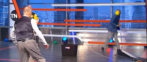 Shaq Drilled Kenny Smith In The Face While Playing Dodgeball On 'Inside The NBA'