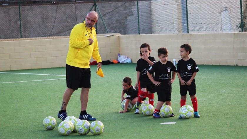 Escuela de Fútbol EDA.