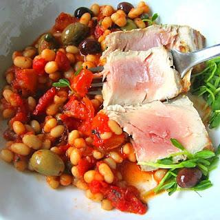 Tuna Puttanesca w/ White Beans.