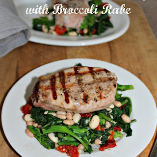 Grilled Boneless Pork Chops with Broccoli Rabe #SundaySupper.