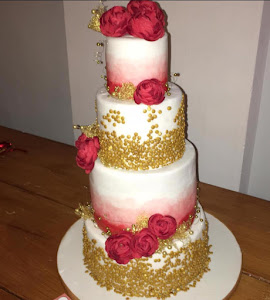 Gold sequin 4 tier wedding cake