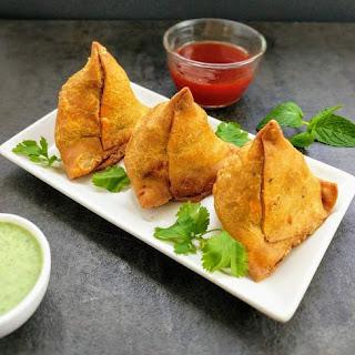 Samosa Recipe (Spicy Potato Samosa).