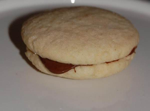 Hazelnut Sandwich Cookies Recipe