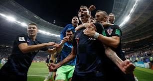 Mandzukic celebrando su gol en la prórroga.