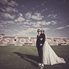 Wedding photographer Gergely Csigo (csiger). Photo of 29.10.2014