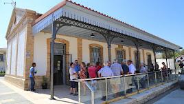 Aspecto exterior de la restaurada estación de ferrocarril.