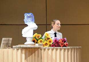 Photo: DAS KONZERT von Herrmann Bahr. Wiener Akademietheater - Premiere 7.2.2015. Inszenierung: Felix Prader. AlinaFritsch . Copyright: Barbara Zeininger
