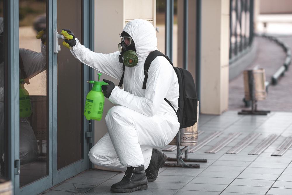 Сколько зарабатывают дезинфекторы в условиях эпидемии коронавируса