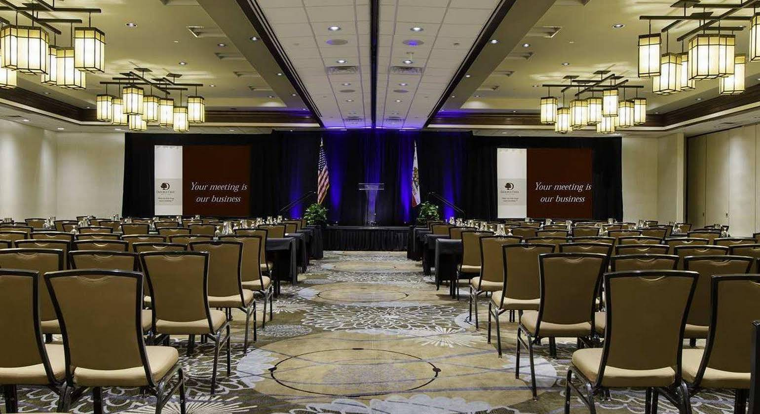DoubleTree by Hilton Ontario Airport