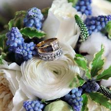 Wedding photographer Irina Larina (Apelsinka). Photo of 01.05.2014