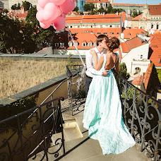 Wedding photographer Yulya Pushkareva (feelgood). Photo of 10.02.2016