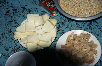 Photo: 03481 シリンホト/レストラン/乳製品各種