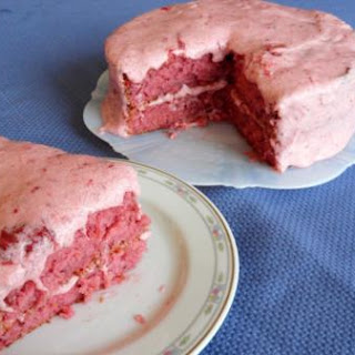 Mama Seward's Strawberry Cake
