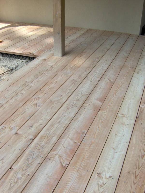Nieuwe parketvloeren door Parketwerken Wim Daneels - Opfrissing van een bestaande houten vloer - afwerking met doorzichtige matte vernis