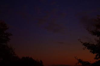 Photo: Abendhimmel  PENTAX K-7 ISO 100 Belichtung: 4.0 Sek. Blende: f/1.4 Brennweite: 50mm Datum und Uhrzeit (Original)2011:10:18 19:08:49