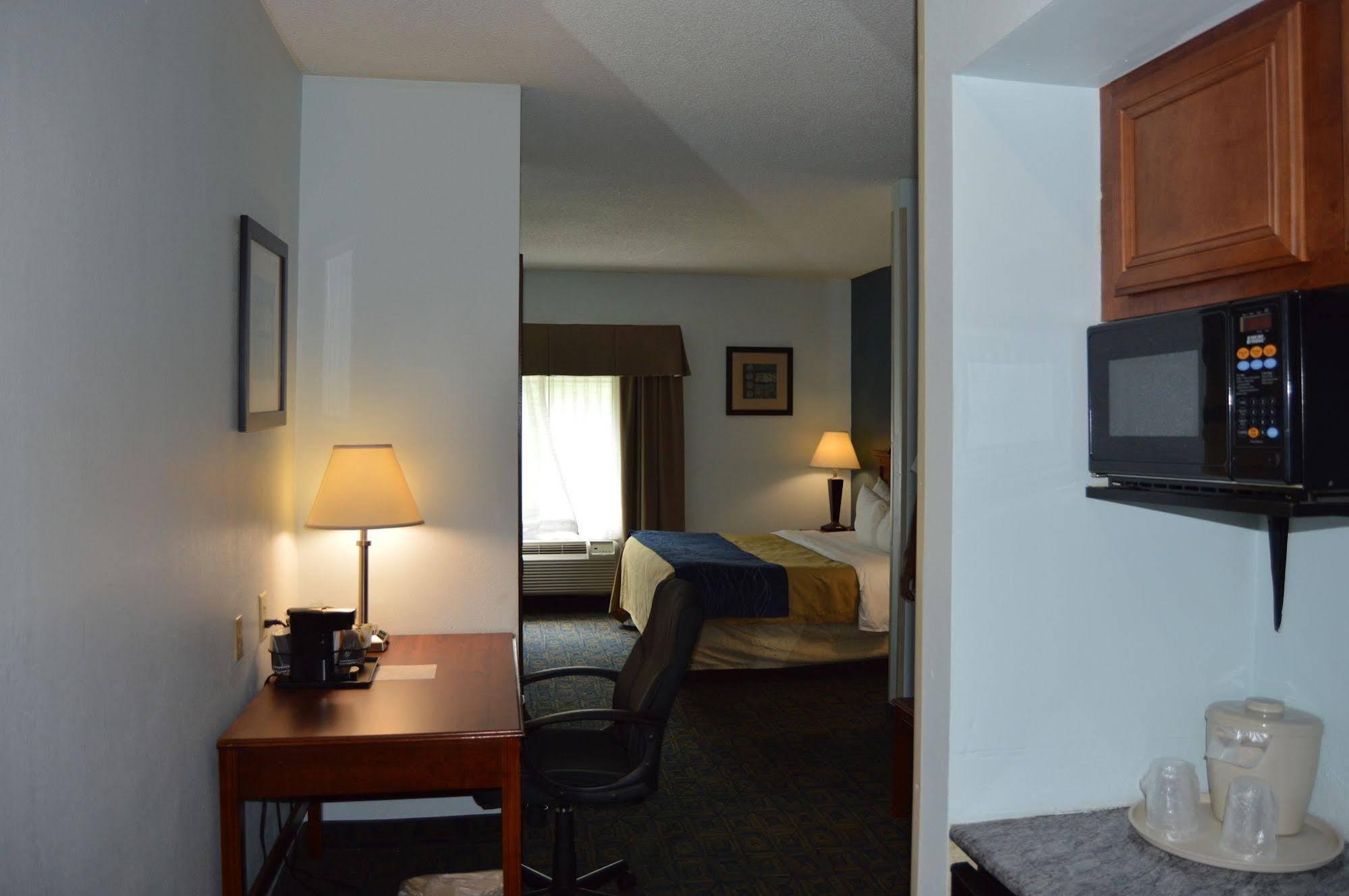 Holiday Inn Express Cincinnati-i-75