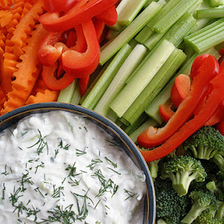 Tzatziki Dip with Fresh Vegetables