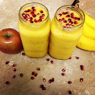 Apple Mango & Banana Smoothie.